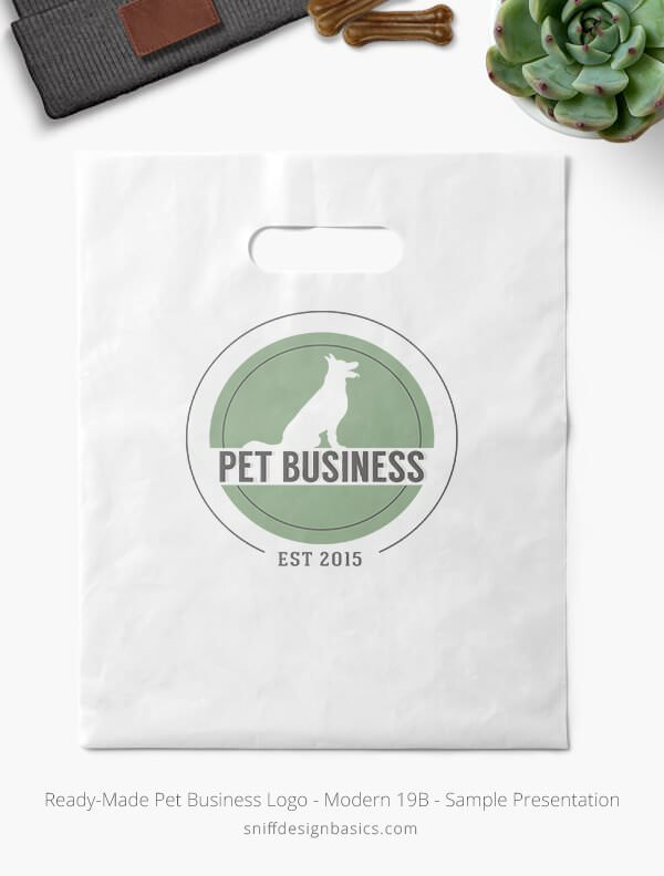 Ready-Made-Pet-Business-Logo-Showcae-Retail-Bag-Modern-19B