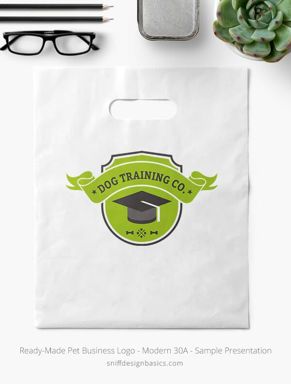 Ready-Made-Pet-Business-Logo-Showcae-Retail-Bag-Modern-30A